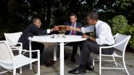 WASHINGTON - JULY 30:  (L-R)  Harvard University Professor Henry Louis Gates, Cambridge Police Sgt. James Crowley and President Barack Obama drink beer in the Rose Garden at the White House July 30, 2009 in Washington, DC. Crowley arrested Gates, a preeminent scholar of African-American history, in his own home July 16 for disorderly conduct. The issue reached national attention last week when, during a televised news conference Obama said the officer acted stupidly.   (Photo by Pete Souza/White House via Getty Images)